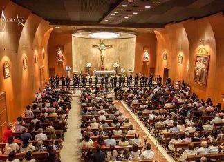 Actuación del Coro Amadeus