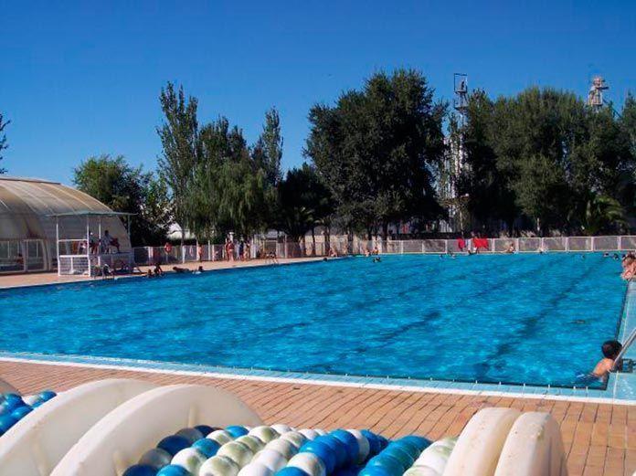 Precios de los abonos de la piscina municipal de montijo for Precio piscina municipal