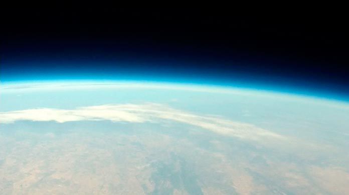 Foto realizada desde la estratosfera por la sonda VegaSky del IES Vegas Bajas de Montijo
