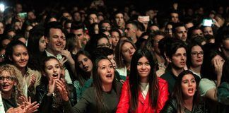 Público en el concierto de Demarco en Puebla de la Calzada