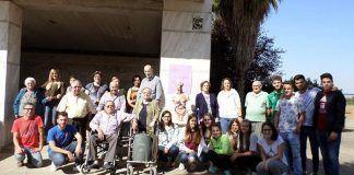 Alzheimer Valdelacalzada: Usuarios del Centro de Día de Valdelacalzada visitaron el IES María Josefa Baraínca de Valdelacalzada con motivo del Día Mundial del Alzheimer