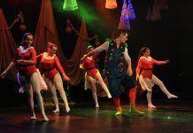 Bailando la Navidad de Al Compás
