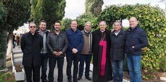 Foto oficial de la visita Pastoral en Guadiana del Caudillo del Arzobispo de Mérida-Badajoz, Celso Murga Iruzubieta