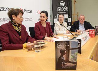 Presentación de la obra de Faustino Lara Ibáñez 'Soñadores furtivos' ganadora de la XIX edición del certamen de relatos cortos Rafael González Castell