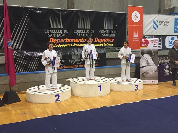 Soledad Salguero Capellán en el podium de la Copa de España Infantil de Judo