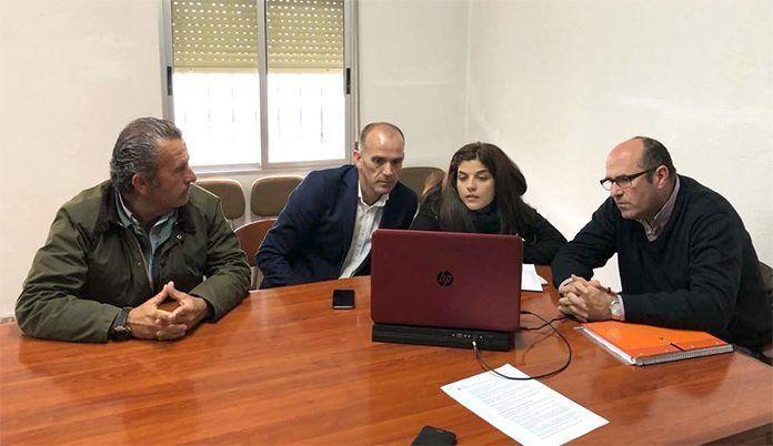 El secretario general de Desarrollo Rural visita las mejoras en regadío de Montijo y Guadiana (foto Junta de Extremadura)