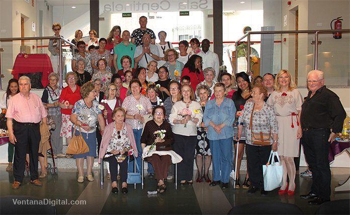 Celebración del Día de la Madre de la Asociación de Inmigranes Vegas Bajas