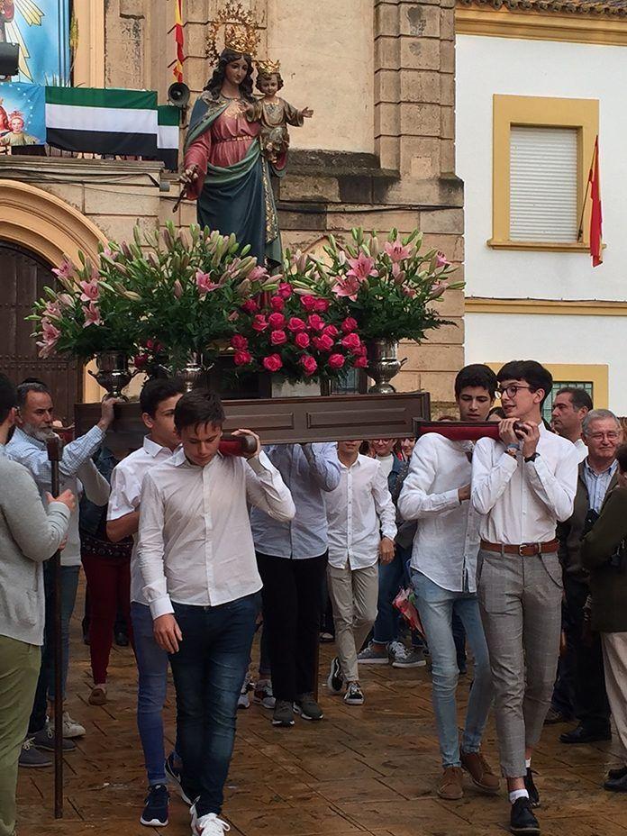 Festividad de María Auxiliadora en Puebla de la Calzada (fotos Teodoro Gracia)