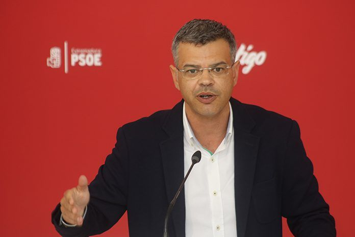 Juan Antonio González, portavoz del PSOE extremeño