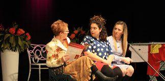 Poesía y teatro en la Semana del Mayor de Puebla de la Calzada (foto Julia Casado)