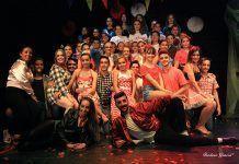 Alumnos de la escuela de baile de Jesús y Sandra de Puebla de la Calzada