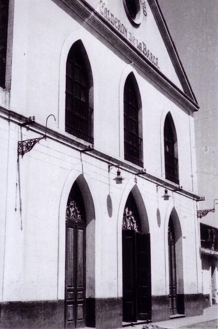 Fachada del desaparecido Teatro Calderón de Montijo