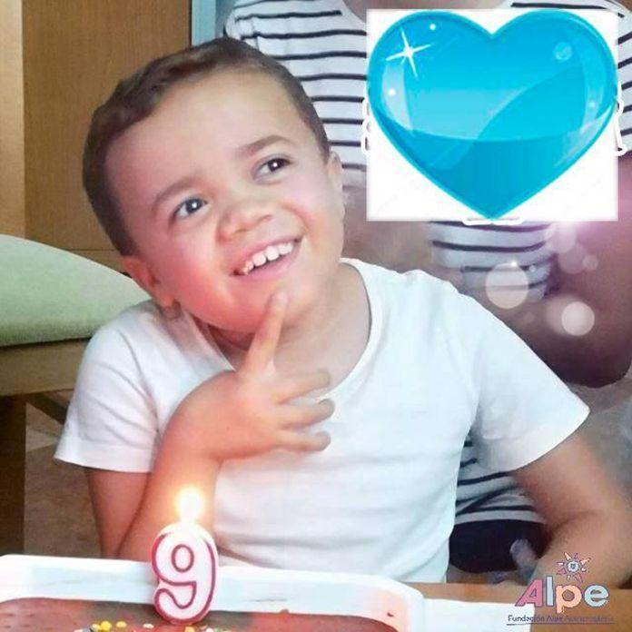 Isaac en su noveno cumpleaños