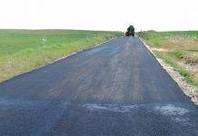 Corte de la carretera de acceso a Lácara