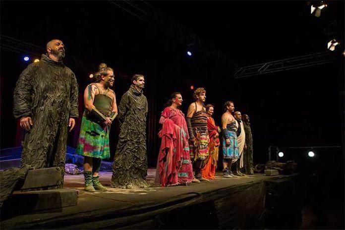 Elenco de Viriato en el Festival de Teatro de Torreáguila