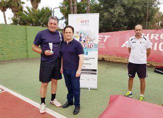 Enrique González, ganador Absoluto en el Circuito Aficionado celebrado en el Club de Tenis Montijo