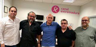 """El proyecto """"50 misterios y leyendas de Extremadura"""" ha sido presentado a la Fundación CB y a Canal Extremadura TV"""