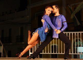 """""""Bailando con al compás"""" en Puebla de la Calzada (Fotos Teodoro Gracia)"""