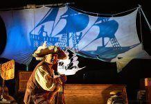 """Teatro de sombras para toda la familia """"El Tesoro de Barracuda"""""""