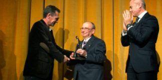 Pedro Menayo recibió el I Premio María Jesús Gragera Almirante