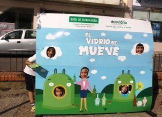 """La campaña """"El vidrio se mueve"""" llegó al atrio de Montijo"""