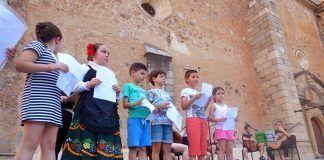 Niños participantes en la Velá de San Antonio 2017 en Montijo
