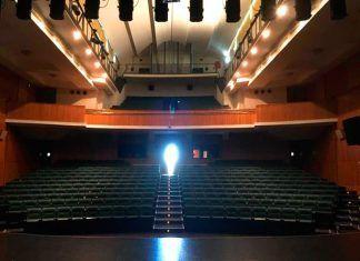 Patio de butacas del Teatro Municipal de Montijo