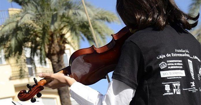 Alumna del Conservatorio Profesional de Música de Montijo