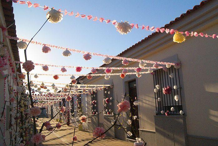 Valdelacalzada celebra la llegada de la primavera con su fiesta Valdelacalzada en Flor