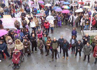 Día Internacional de la Mujer, concentración en Montijo