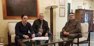 El Ayuntamiento de Montijo firma un convenio con la Escuela de Fútbol de la Peña El valle Montijo