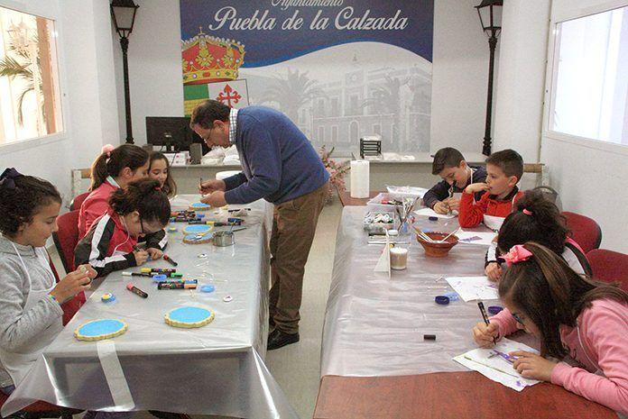 Taller de pintura creativa durante la Semana Santa en Puebla de la Calzada