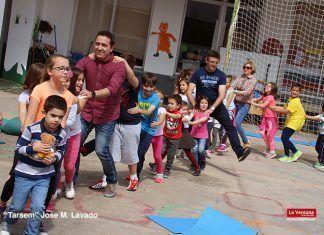 Visita del Centro de Día de Puebla de la Calzada al CEIP Torre Aguila de Barbaño