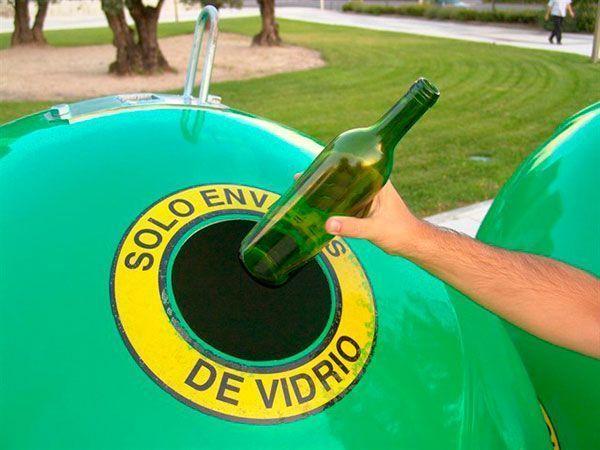 tratará de concienciar a los estudiantes de Cáceres sobre el reciclaje de vidrio y los beneficios medioambientales que supone reciclar durante toda la semana