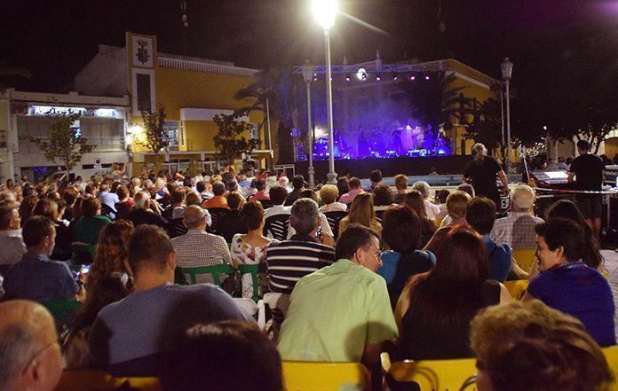Éxito de público en el concierto de Acetre en Puebla de la Calzada