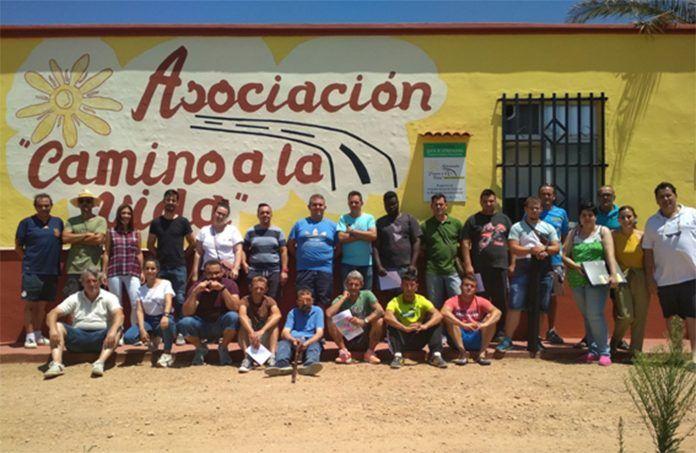 Visita de Plena Inclusión Extremadura a la Asociación Camino a la Vida
