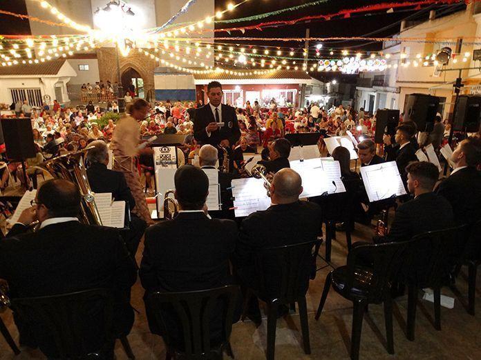 Presentación y estreno del Himno Oficial de Lobón