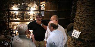 50 leyendas de Extremadura dedica un capítulo a la Santa Compaña del pueblo cacereño de Robledillo de Gata