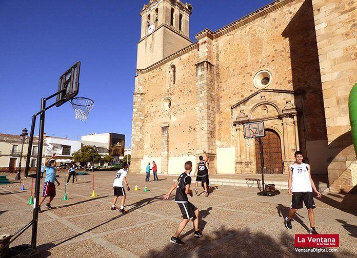 II Feria del Deporte en la Calle de Montijo