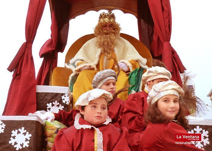 Cabalgata de los Reyes Magos de Oriente en Montijo 2018