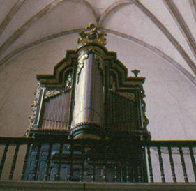 Órgano de la parroquia de San Pedro de Montijo