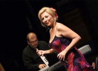 Pilar Boyero junto a Pedro Monty.
