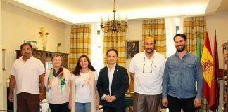 Firma de acuerdo entre el Ayuntamiento de Montijo y FECOGEX