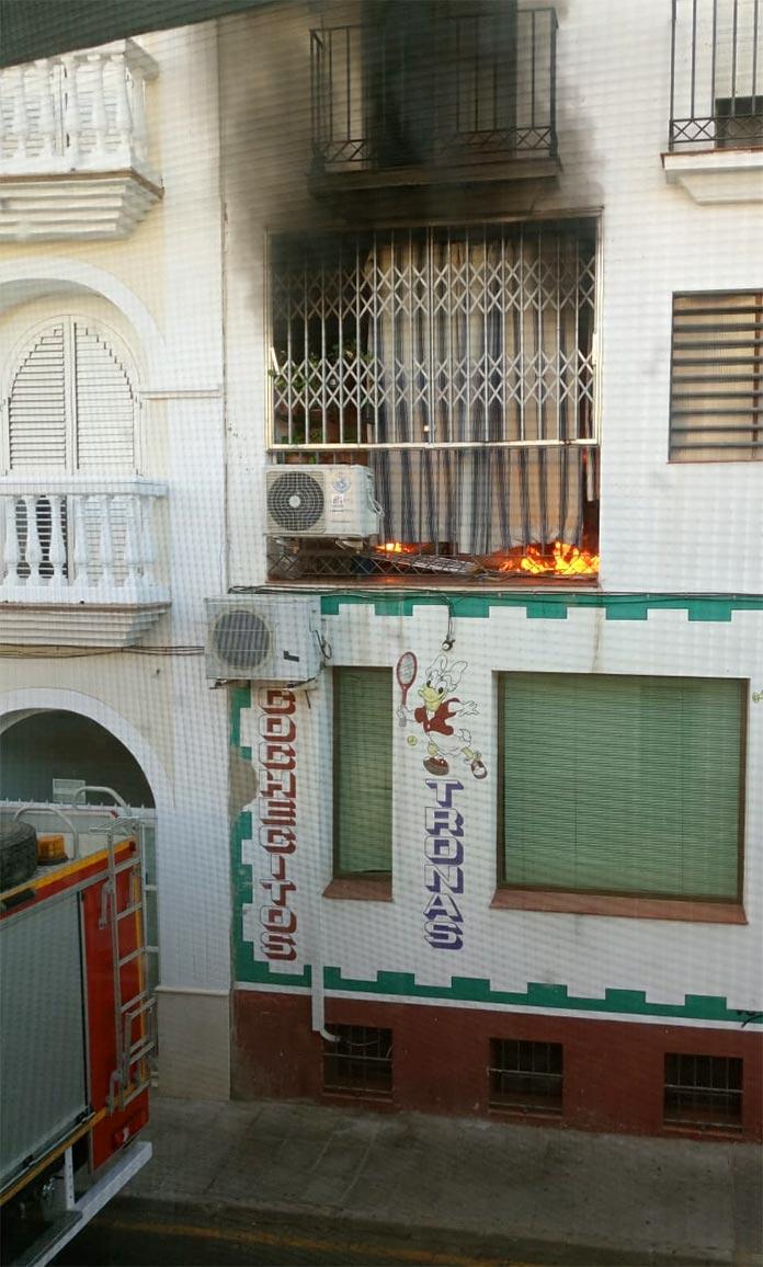 Incendio en Montijo