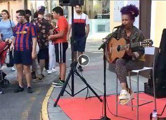 VÍDEO: Olana Liss en la Shopping Nigth de Montijo