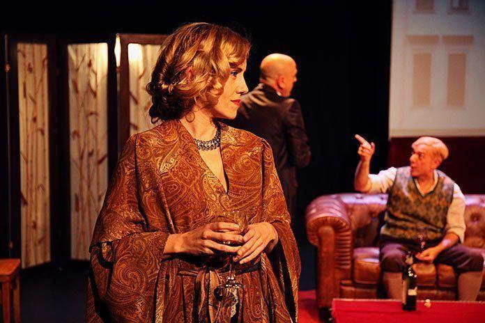 """""""Shakespeare en Berlín"""" de Arden Producciones en el Festival Nacional de Teatro de Puebla de la Calzada"""