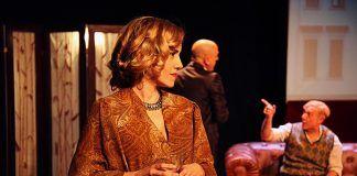 """El Festival Nacional de Teatro Vegas Bajas otorga sus premios Mejor Montaje Teatral a la obra """"Shakespeare en Berlín"""" de la compañía Arden Producciones."""