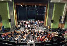 La Ópera Joven de Badajoz ensaya en el Teatro Nuevo Calderón