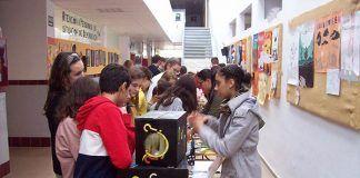 Semana de la Ciencia en el IES Mª Josefa Baraínca de Valdelacalzada
