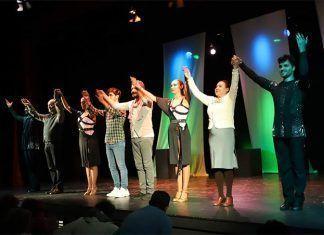 """FOTOS: Estreno de """"Momentos de Lunas Rotas"""" del grupo de Teatro Jarancio"""